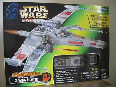 STAR WARS - POTF2 - Luke Skywalker's Red Five X-Wing Fighter - OVP -  selten