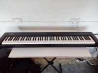 SX P30 88 key fully weighted stage electic piano with Rhodes sound. midi controller keyboard