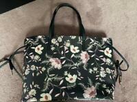 Ladies floral tote bag