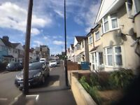 (TW13)Part Housing Benefit Are Welcome in 2 bedroom First Floor Flat for rent in Feltham