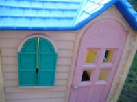 Little Tikes Cottage play house kids wendy house