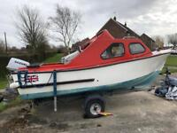 **REDUCED**17ft Cabin Cruiser Fishing Boat with Trailer