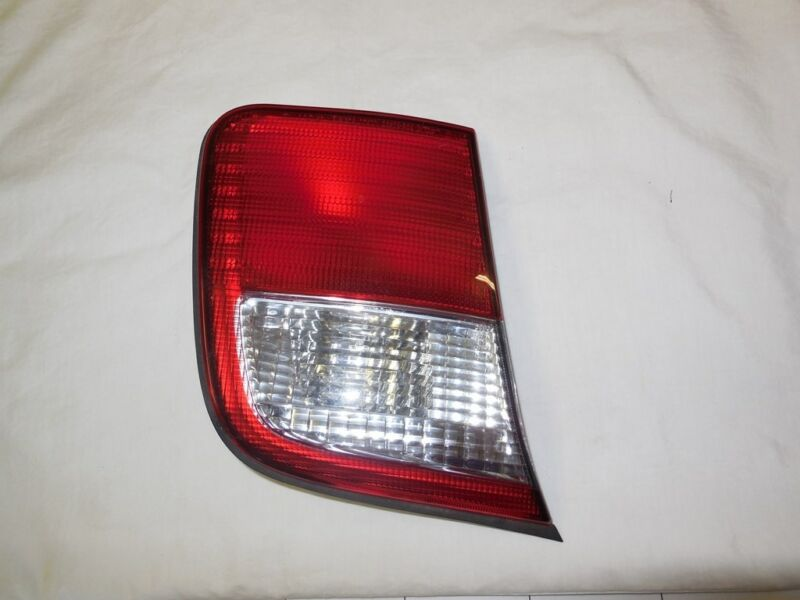 1998 Subaru Forester LH Tial Light (252)