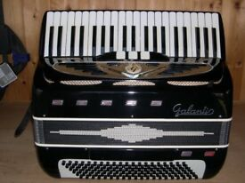 Galanti, 2 Voice, Octave Tuned (LM), 120 Bass, Piano Accordion.