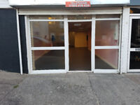 Shop to Let on Middle Road Next to Busy Hairdressers