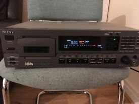 Professional Sony Digital Audio Tape DAT Recorder Pcm-2700A