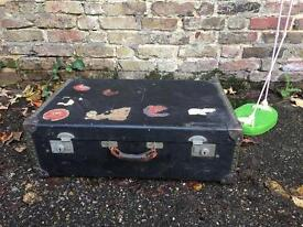 VINTAGE CHEST SUITCASE FREE DELIVERY
