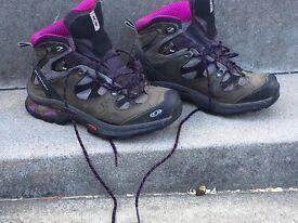 Women's Solomon Walking Boots for Sale