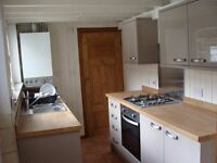 Single Room in Clean and Tidy House-share Lincoln West End close to Uni/Town Center
