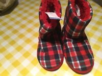 Brand new and tagged tartan Boot slippers size 3