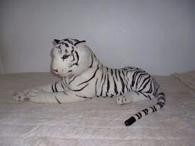 Medium/largish White TOY tiger