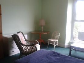 LLanelli Furnished Bedsit