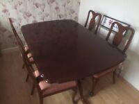 Mahogany dining table, No Chairs.