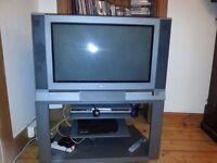 Toshiba 28 inch CRT Television - includes original stand & remote control