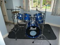 Pearl MLX Laquered Maple 6 Drum Kit - Blue + Cases