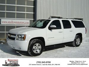 2014 Chevrolet Suburban LT 4x4|H/Leather|Sunroof|R/Cam