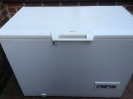 LARGE SIZE WHIRLPOOL CHEST FREEZER IN GOOD WORKING CONDITION.