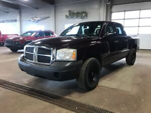 2005 Dodge Dakota V8, NEW Rims & Tires