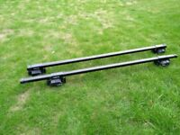 Halfords car roof bars with Thule locks