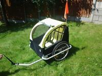 2 seater kids bike trailer with seat belts for 1 or 2 children.