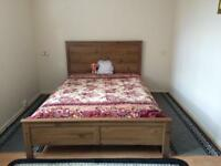 Beautiful Double bedroom to let in center-way apartments, Ilford Town Center. IG1 1ND