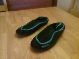 Mountain Warehouse Aqua Shoes - Women's size 5