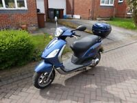 Piaggio Fly 125cc learner legal scooter moped motorbike