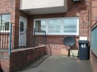 2bed ground floor flat in airdrie for rent