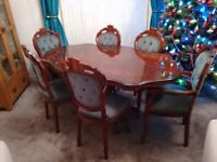 Dining table + 6 chairs excellent condition