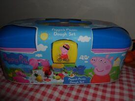 peppa pig play dough case set brand new