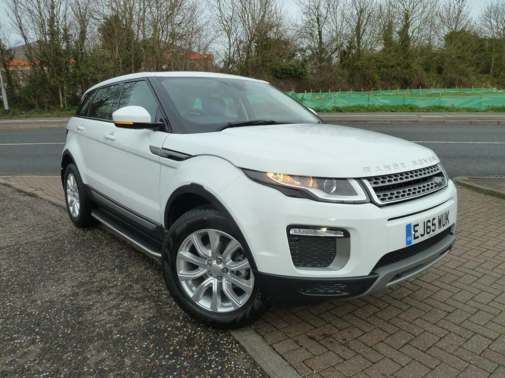 land rover range rover evoque 2 0 ed4 se 5dr 2wd white 2015 12 08 in chelmsford essex gumtree. Black Bedroom Furniture Sets. Home Design Ideas