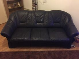 Dark Navy Leather sofa with two chairs. Fantastic condition. Must be able to collect.