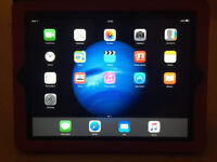 Apple iPad 2 - WiFi - 32g - black - 9.7 inch screen - very good condition