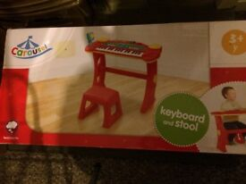 Carousel Keyboard and Stool Set Brand New