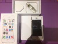 iPhone 5s 16gb Gold very good condition locked to EE network