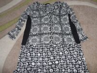 LADIES NEXT PETITE TOP SIZE 6 IN GOOD CONDITION