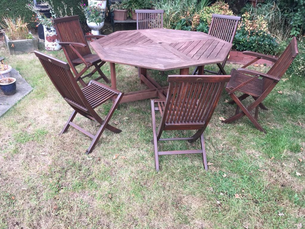 Quality garden furniture set in morley west yorkshire gumtree