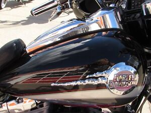 2006 harley-davidson FLHTCUSE4 CVO Ultra Classic Electra Glide   London Ontario image 13