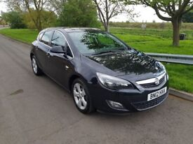Vauxhall Astra 1.4Sri Manual Black Good Condition Very low mileage