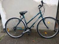Ladies Trek hybrid touring bike Bristol Upcycles