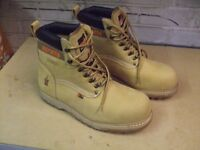 Scruffs Tan Safety Work Boots. Only worn once for 1 Hour