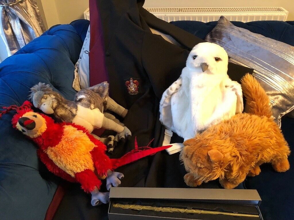 Harry Potter Hogwarts Gown, Hermoine's Wand and soft toys