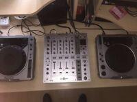 2 x CDJ 800 MK1 and DJM 700 mixer