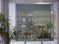 Display cabinet suitable for shop / clinic / salon. In lovely condition except 1 lock not working