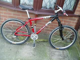 "Trek 4300 Mountain Bike 16.5"" Hardly Used Excellent Condition Warrington"
