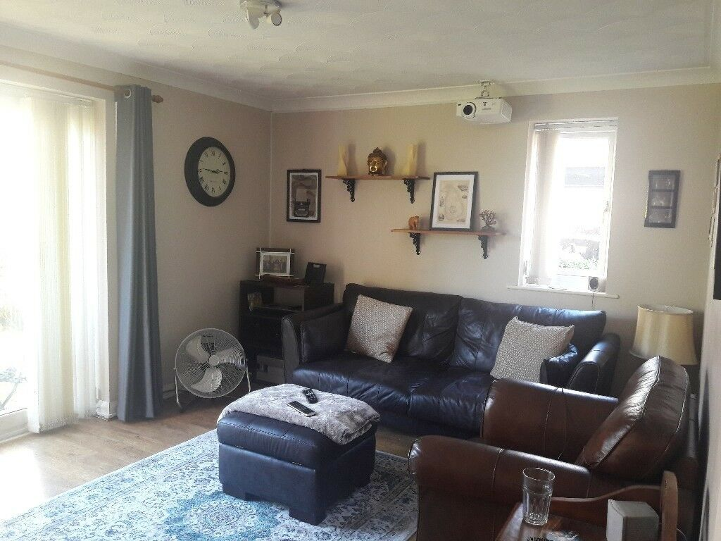 All Bills Included 2 Bed Bath With Parking In Salford Quays