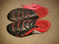 boys football boots size 4.5
