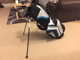 Stunning Titleist golf bag and Taylor Made Irons