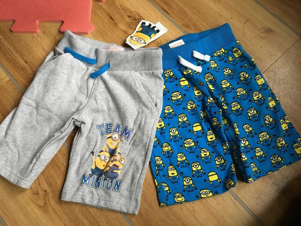 boys Minion Shorts - age 5-6