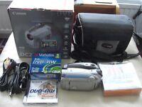 Canon DC220 DVD camcorder bundle. Excellent condition.